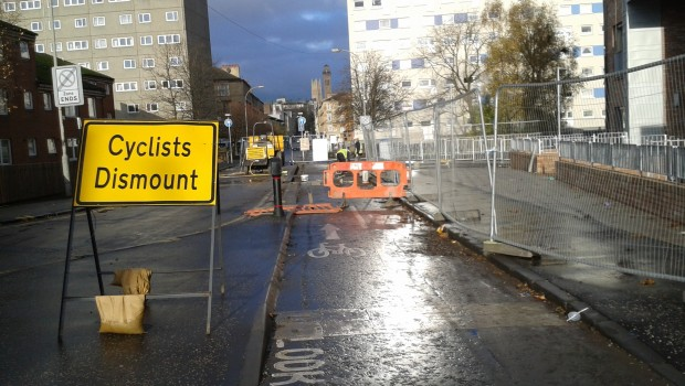 The flagship cycle route connecting Central Station with Kelvingrove Park in Glasgow hasn't been open long and look what's happening on Elderslie Street, between Houldsworth Street and St Vincent Street.  […]