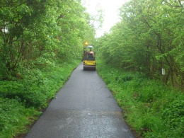 Resurfacing on the Strathkelvin Railway Path